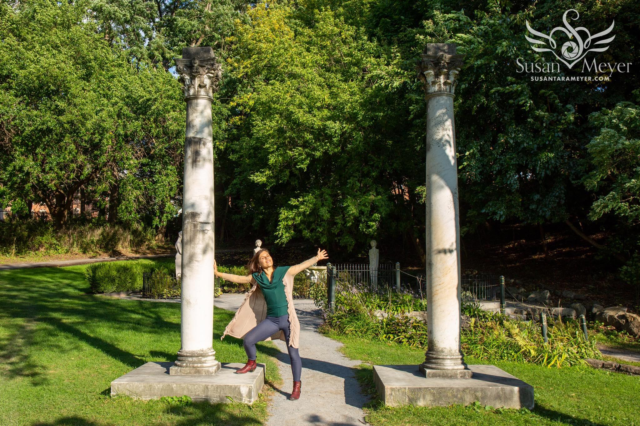 Italian-Garden-Pillars