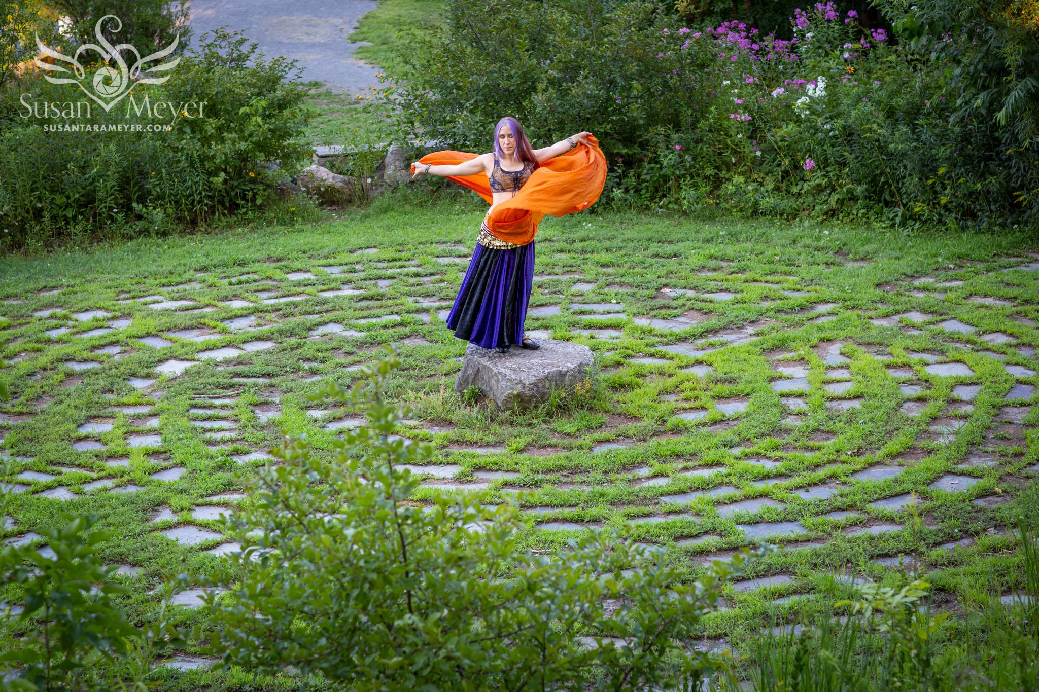 Orange-Scarf-Labyrinth-2