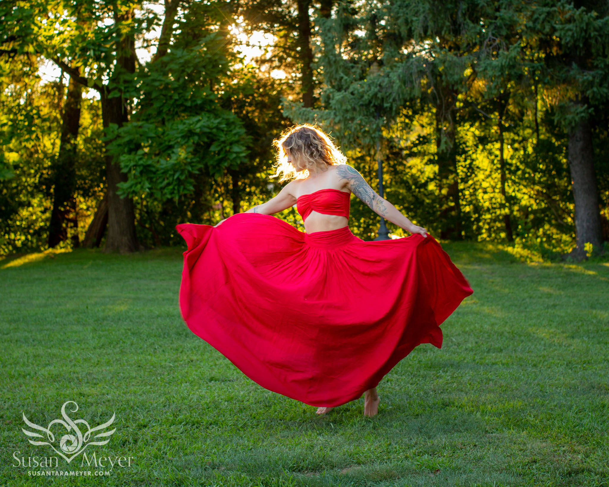 Red-Dress-Spinning-1